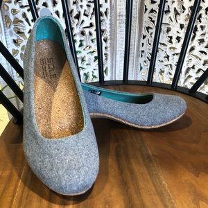 Sole Footwear Cork Footbed Flats